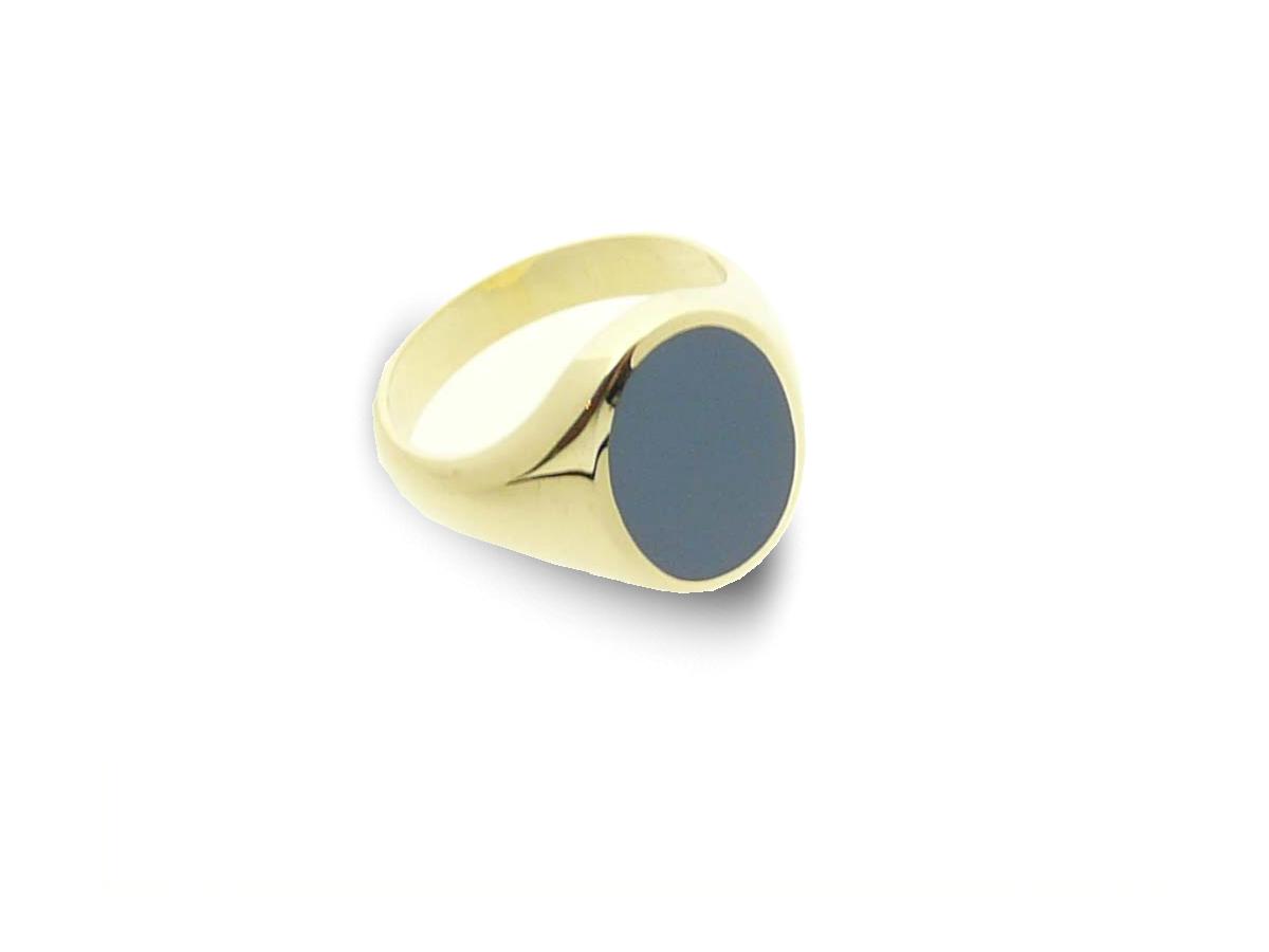 Classic oval ladies signet ring