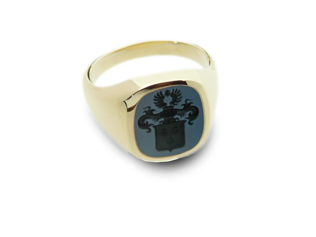Signet ring gold classic cushion engraved
