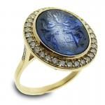 18 kt gouden dameszegelring met blauw synthetische saffier en briljant