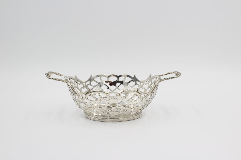 Zilveren bonbonmandje Anno 1926
