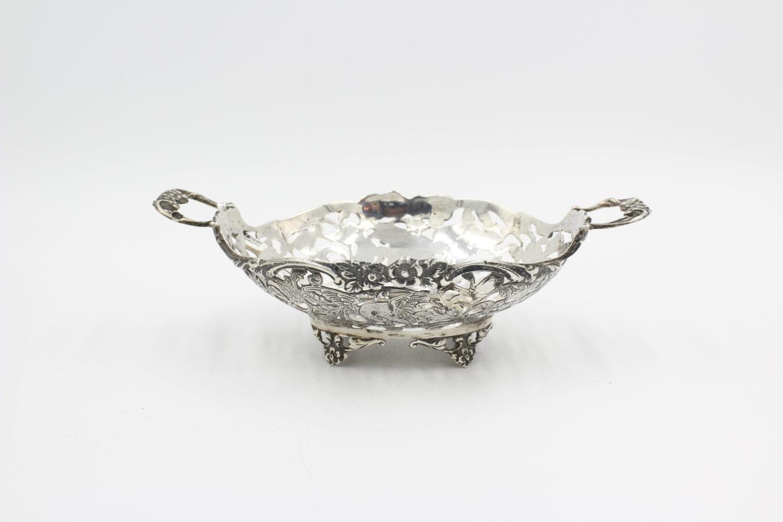 zilveren mandje gemaakt door de Hollandia Zilversmederij t