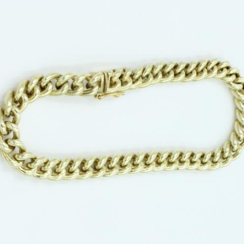 14 kt gouden armband ronde gourmette schakel .breed 5.85 mm. Met een handgemaakt bakslot