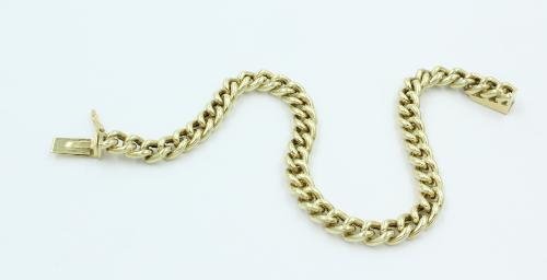 14 kt gouden armband ronde gourmette schakel .breed 5.85 mm. Met een handgemaakt bakslot. 13.06 gram